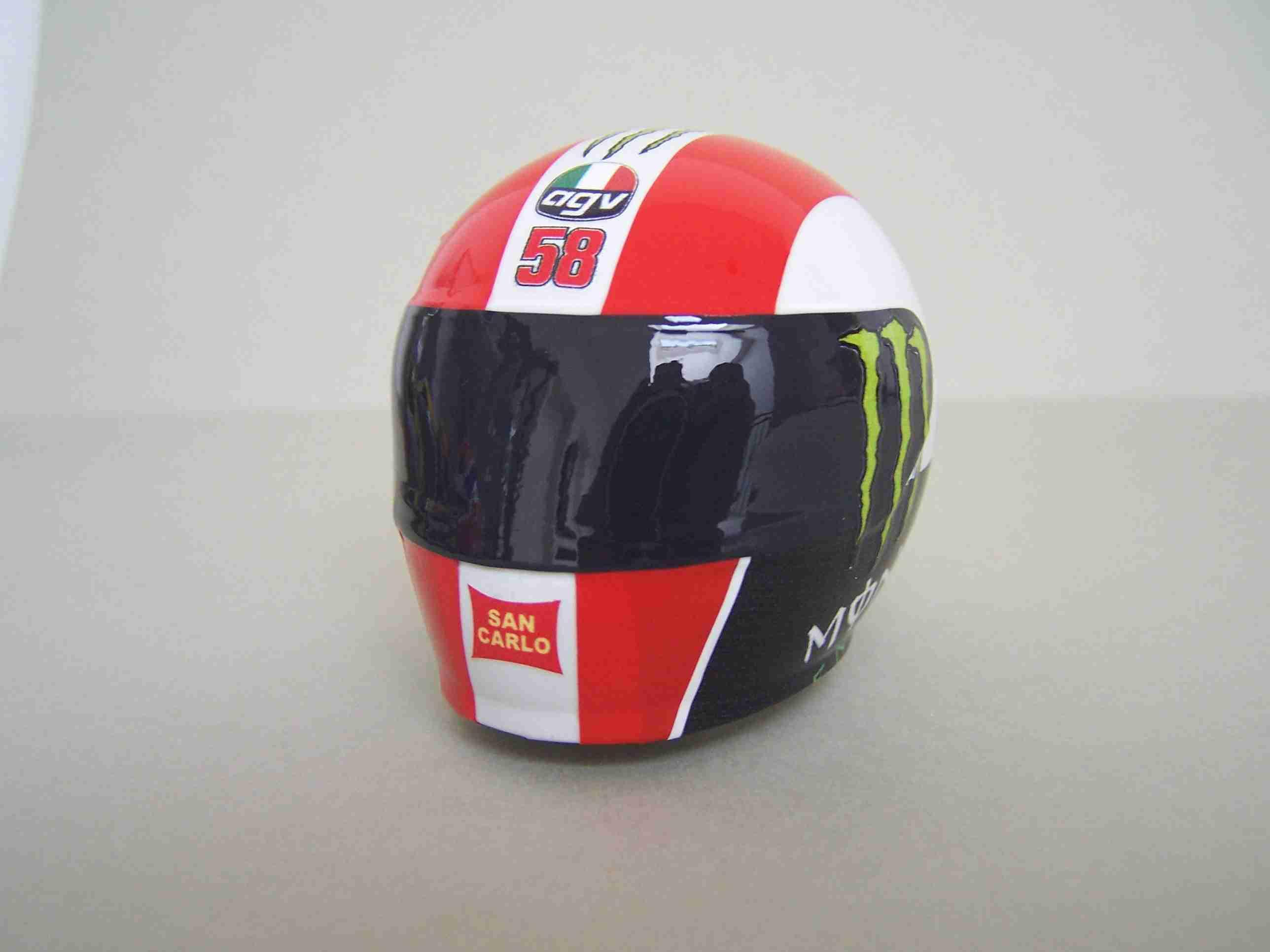 [Helm-Facory-Bike-Body-Gresini-Honda-Driver-Simoncelli-SB-5.jpg2_.jpg]
