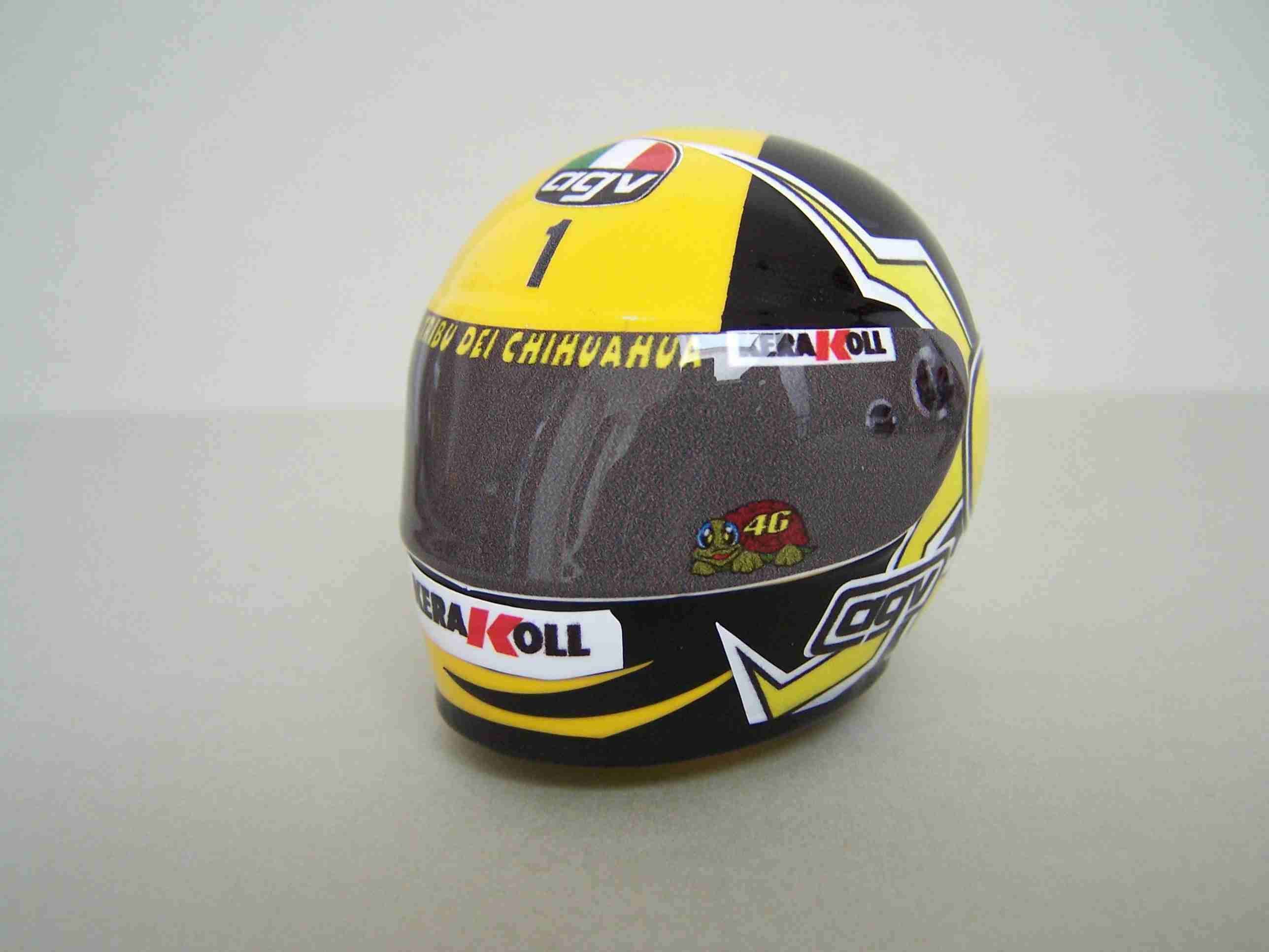 [Helm-Facory-Bike-Body-Yamaha-Laguna-Seca-Driver-Rossi-SB-5.jpg3_.jpg]