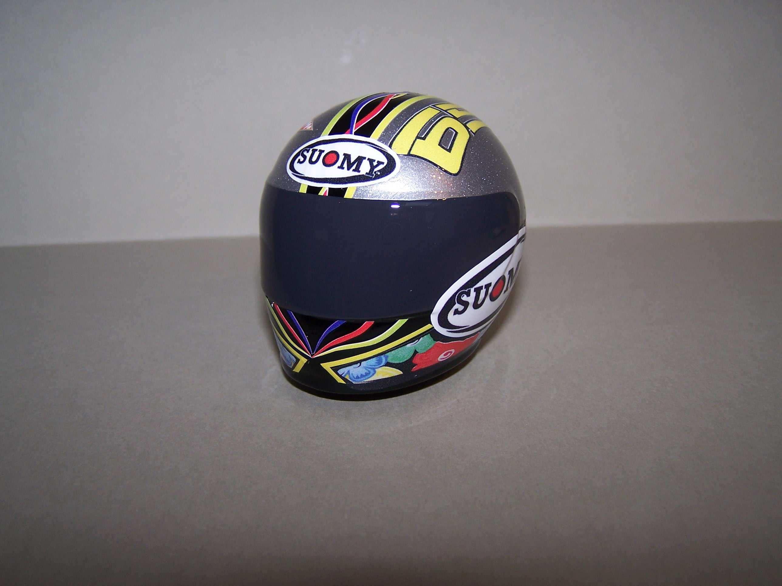 [Helm-Capirossi-Pramac-Ducati-3.jpg]