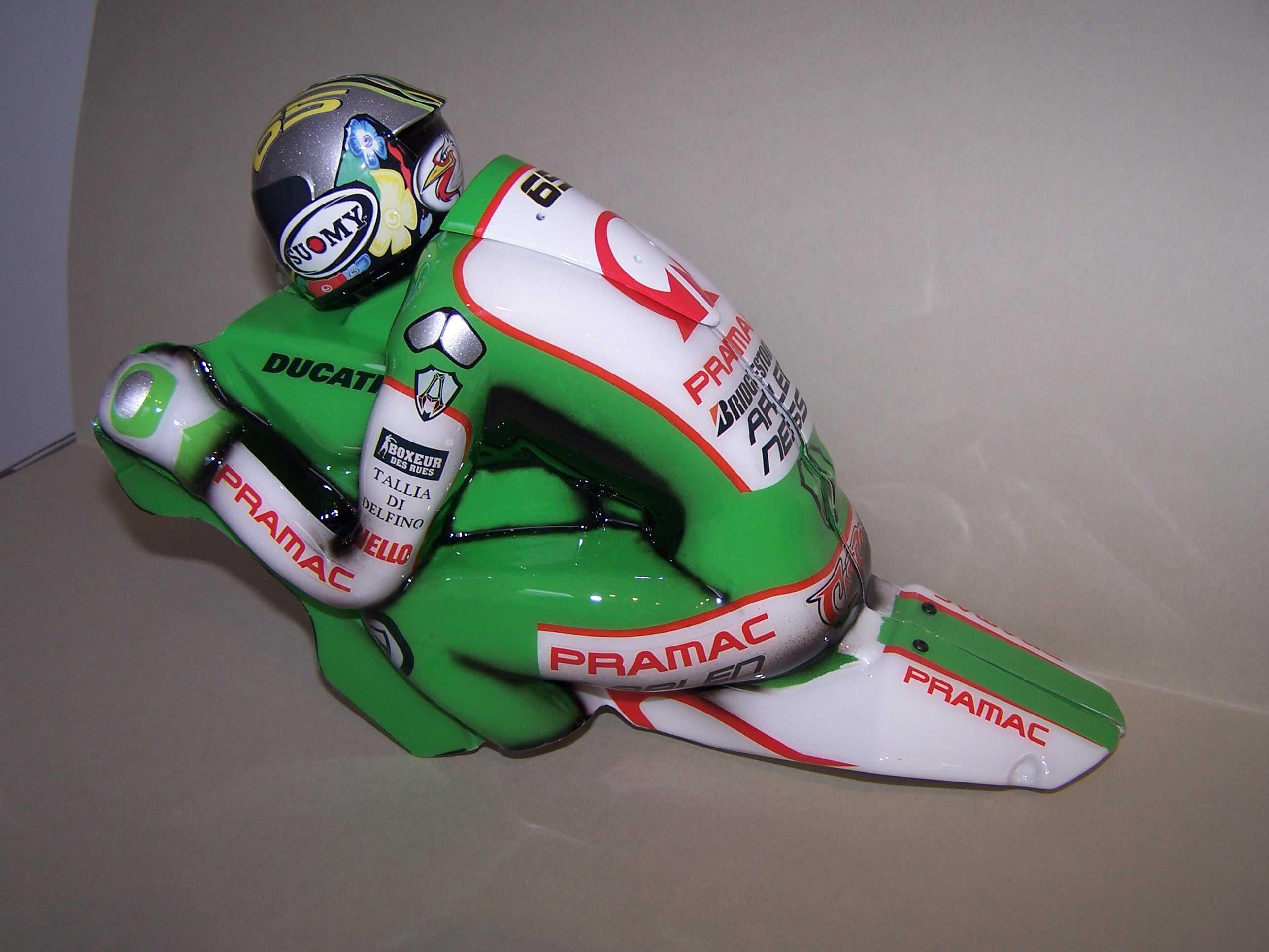 [Pramac-Ducati-Step-9.jpg]