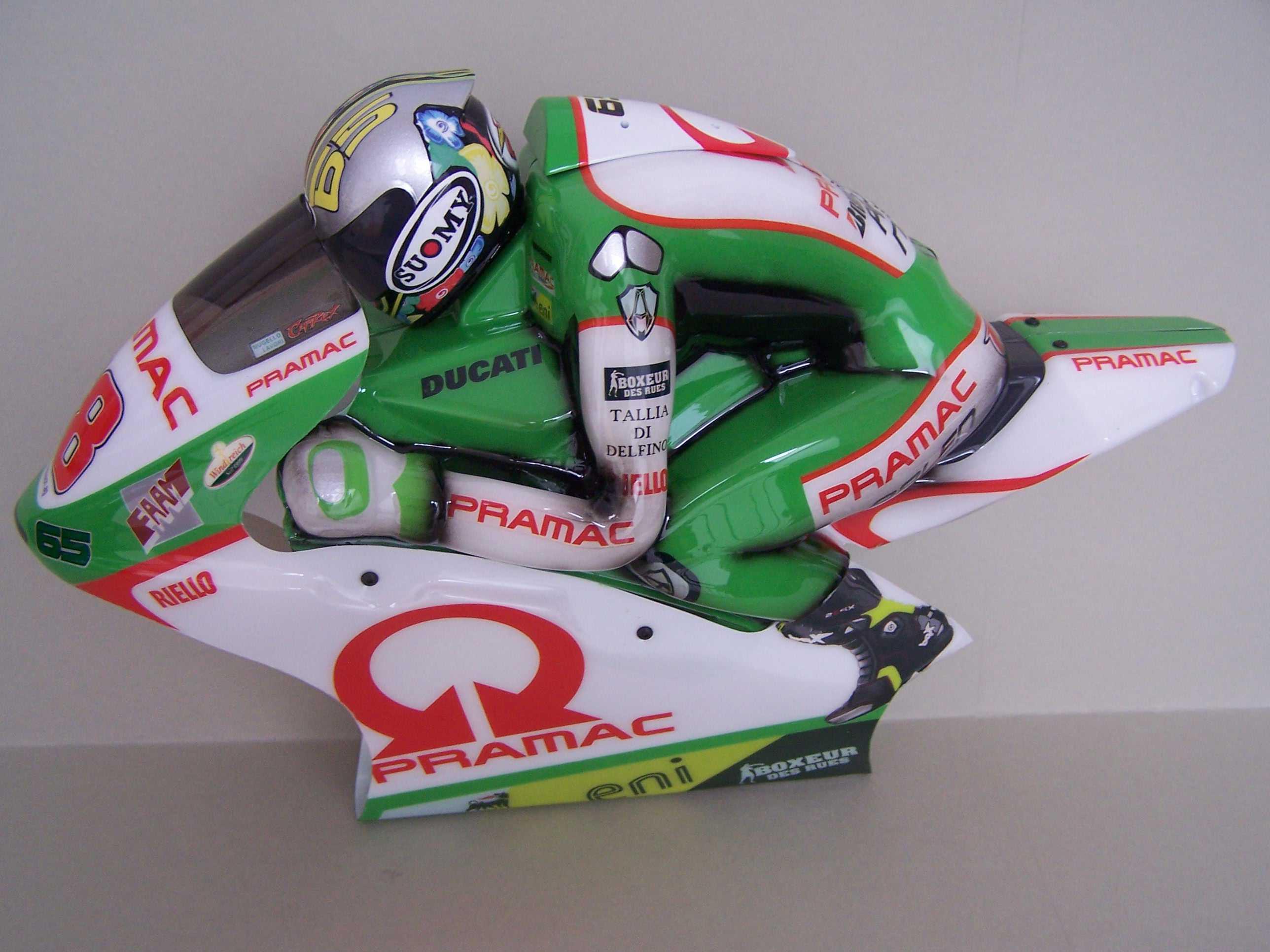 [Pramac-Ducati-1.jpg]