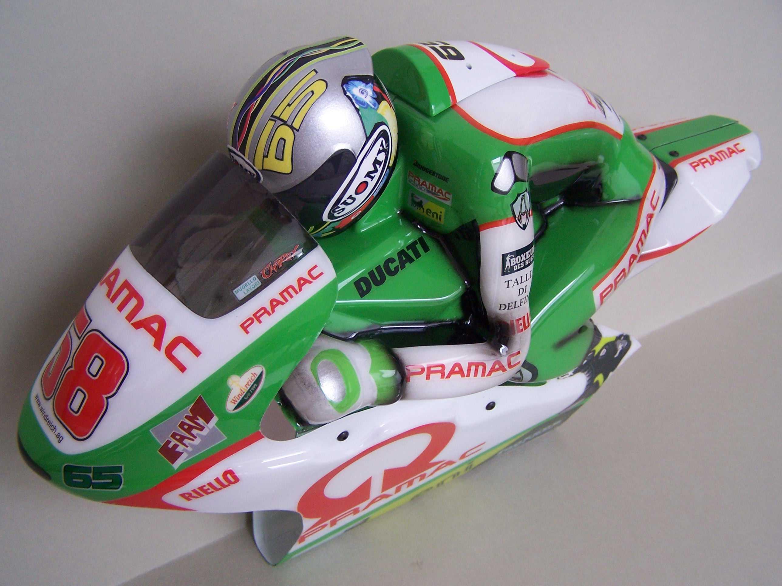 [Pramac-Ducati-2.jpg]
