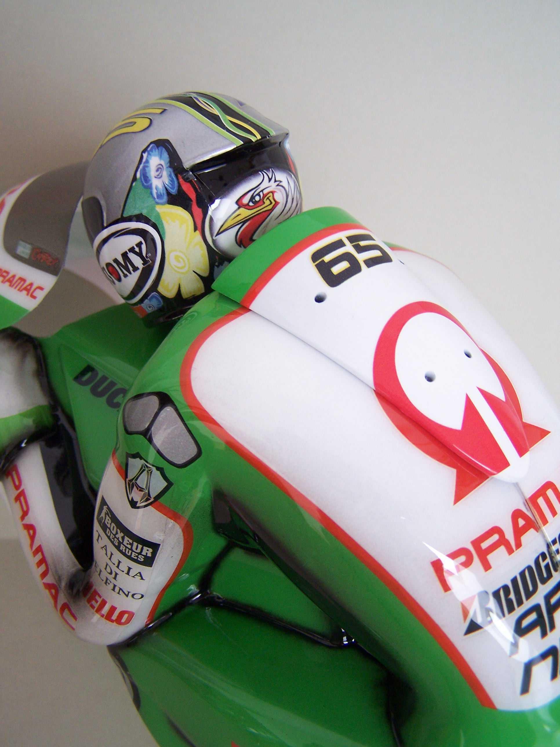 [Pramac-Ducati-3.jpg]
