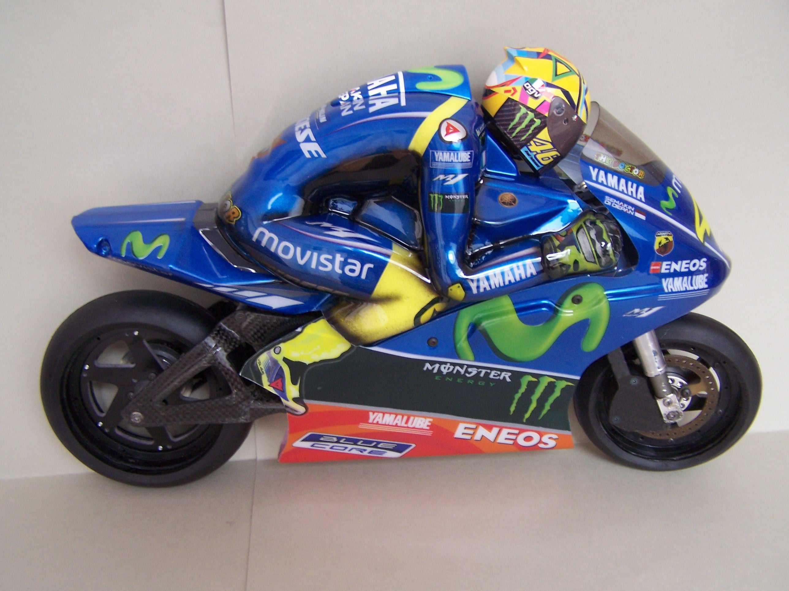 [Rossi-Yamaha-M1-Jerez-2017.jpg5_.jpg]