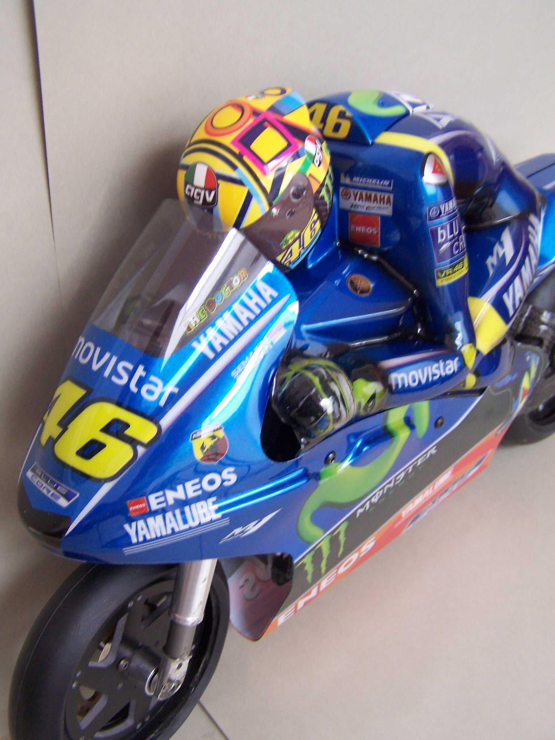 [Rossi-Yamaha-M1-Jerez-2017.jpg6_.jpg]