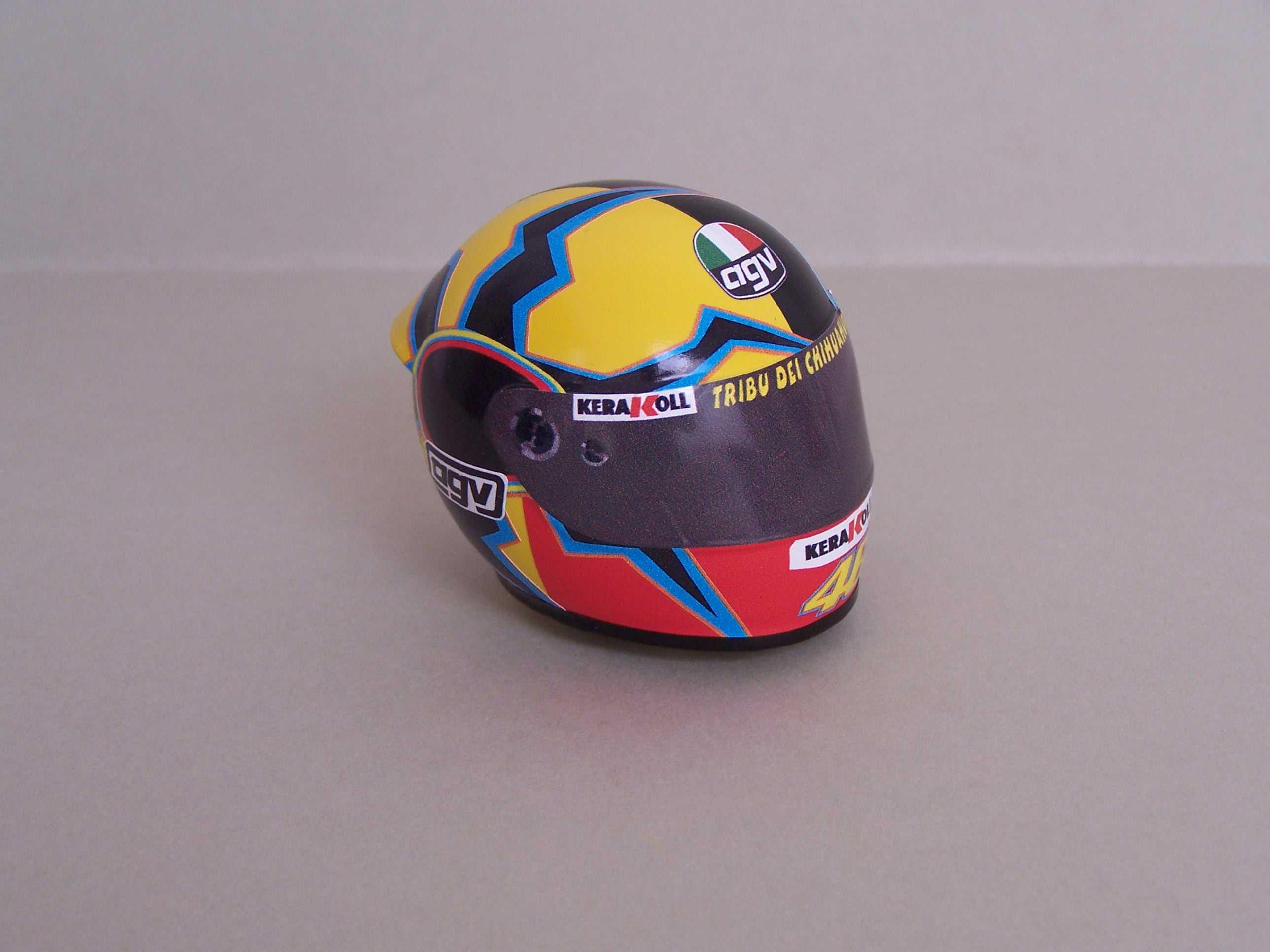 [Helm-Rossi-Yamaha-Valencia-2005.jpg2_.jpg]