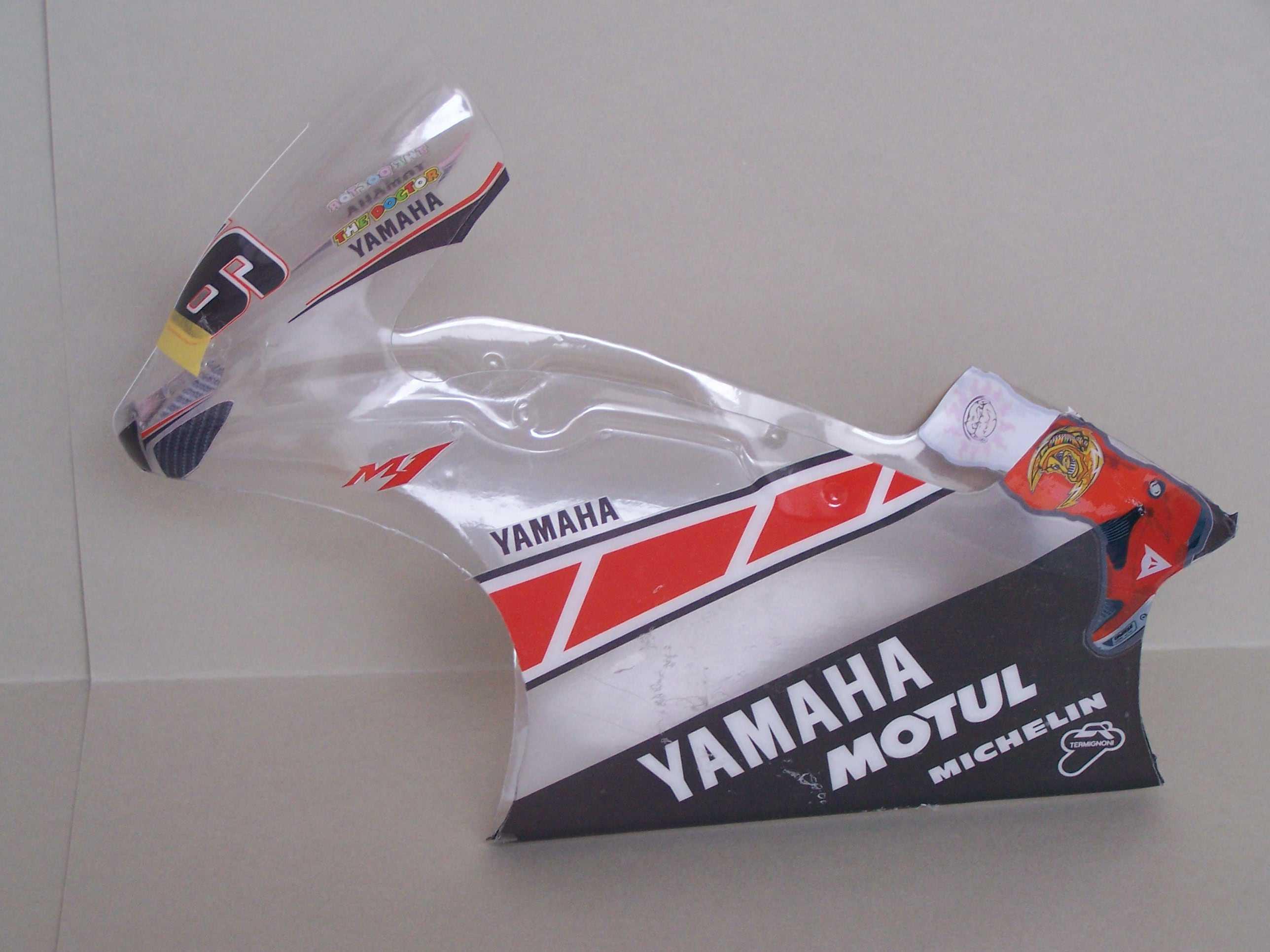 [Yamaha-Rossi-Valencia-2005.jpg]
